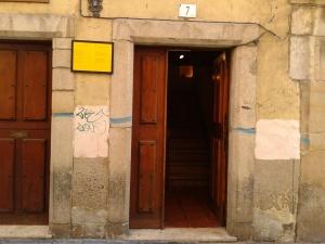 santo remedio puerta