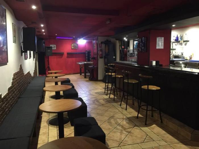 cervecería pub Metro Oviedo