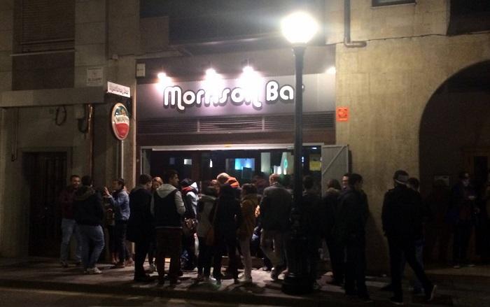 inauguración del Morrison Bar